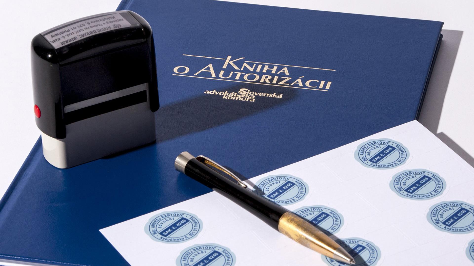 Význam advokátom autorizovaných zmlúv pre klientov, realitné kancelárie a maklérov