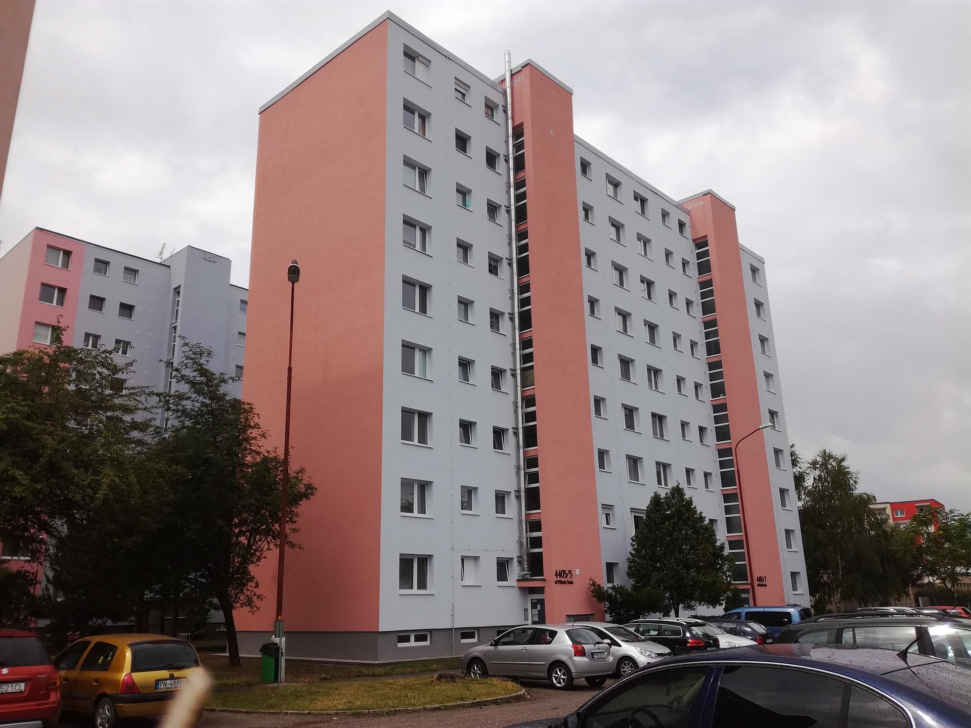 3-izbový byt s loggiou