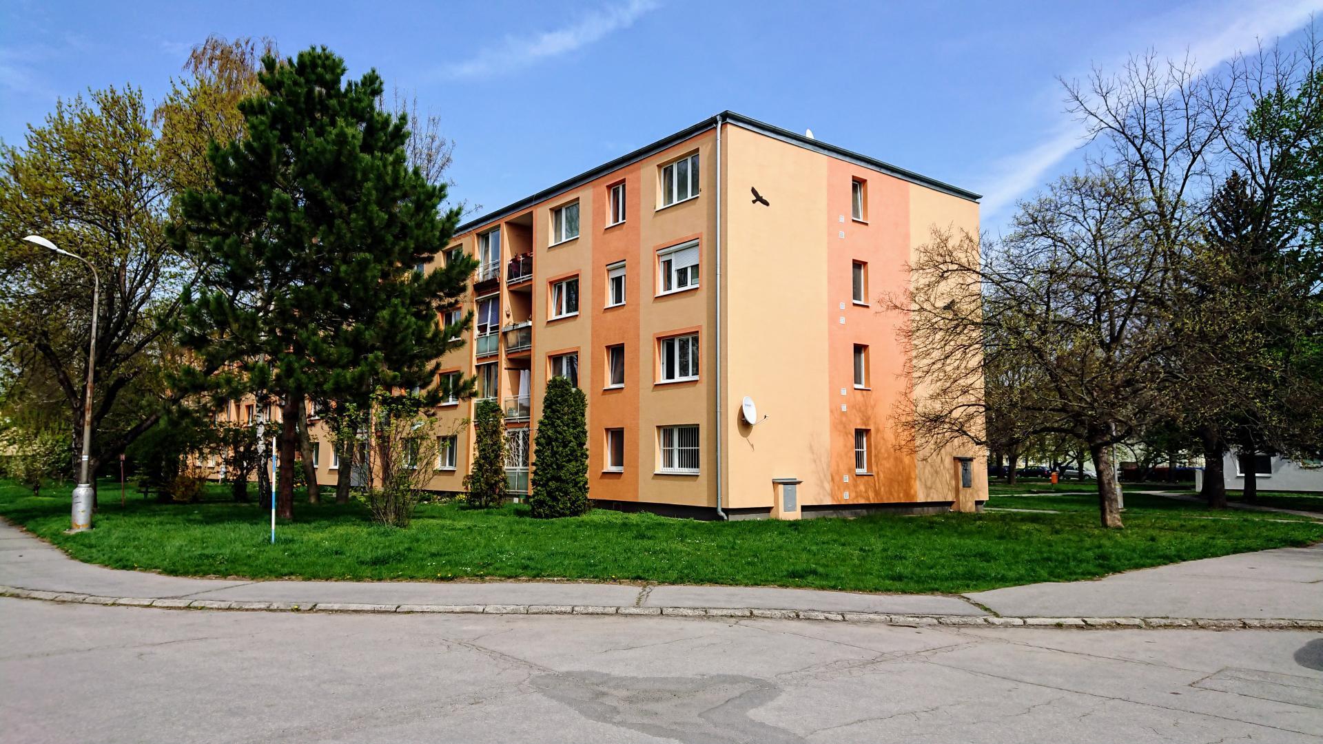 Jednoizbový byt s loggiou v pokojnej časti mesta Piešťany