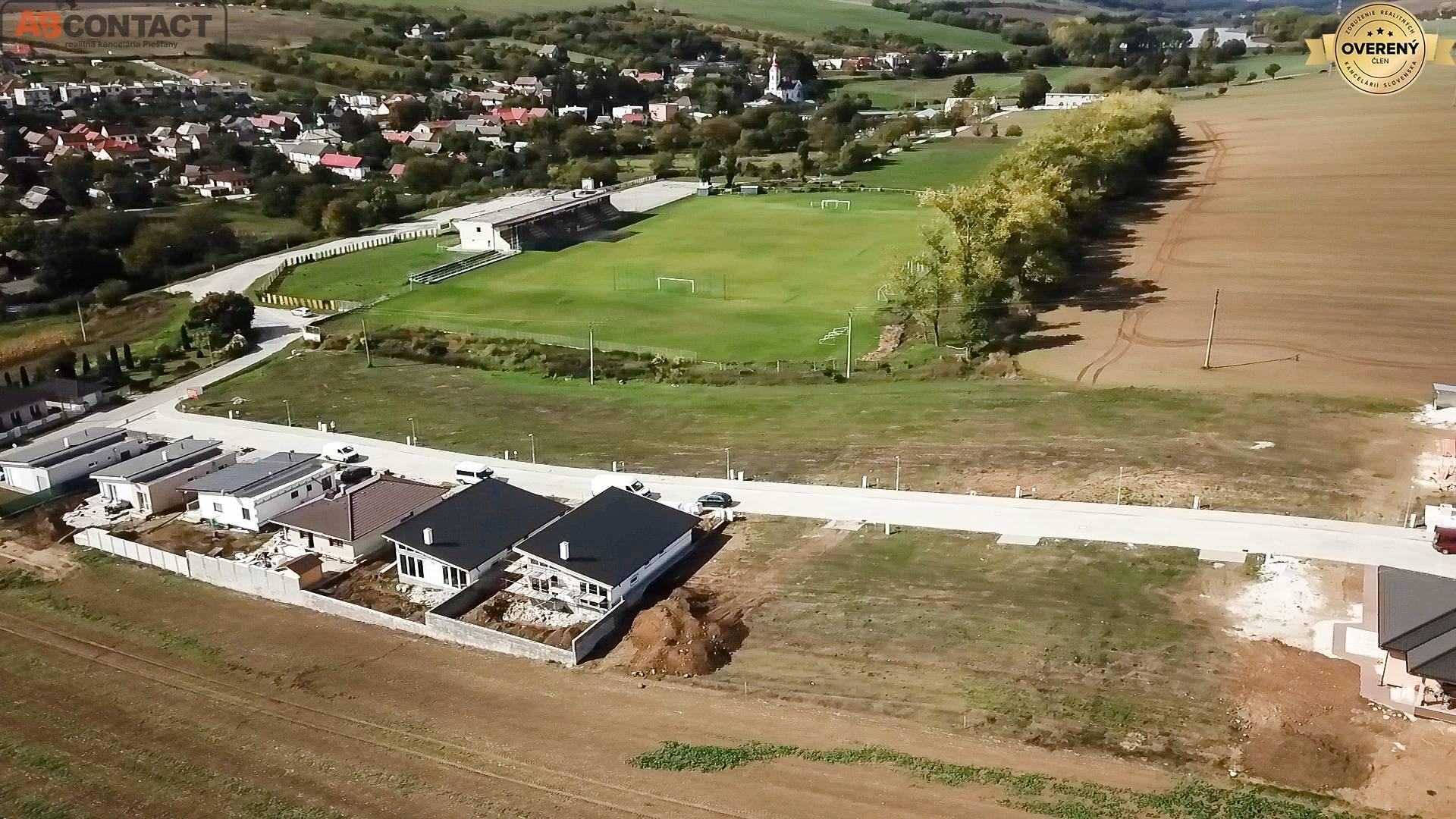 Pozemok 441 m² na výstavbu rodinného domu