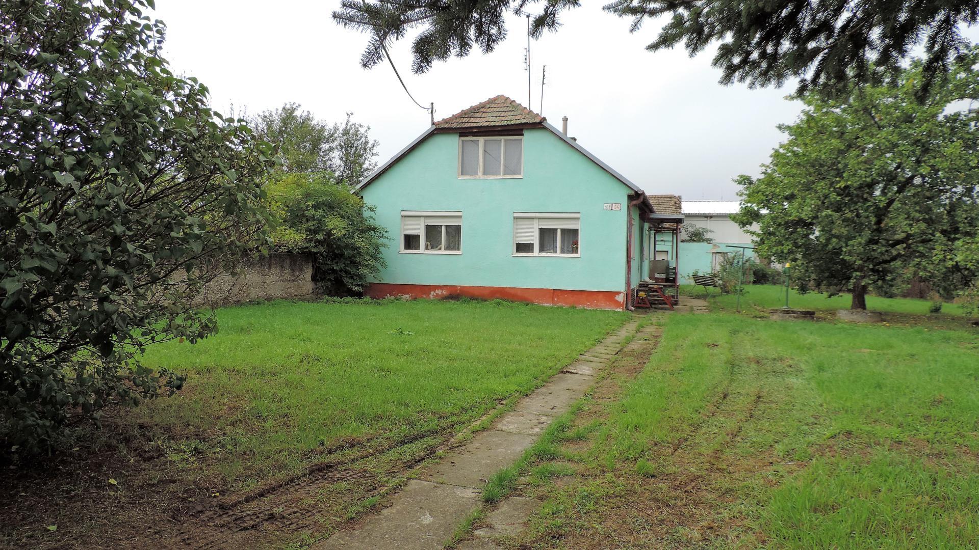 Rodinný dom na hlavnom ťahu mesta Vrbové