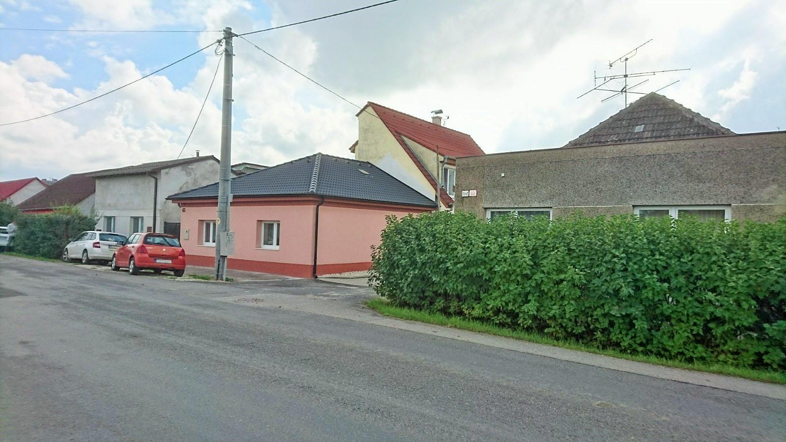 Rodinný dom s terasou po vkusnej rekonštrukcii