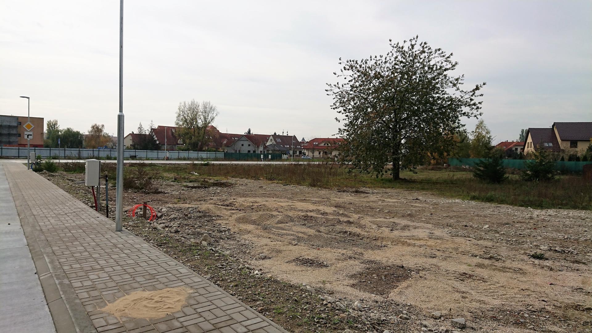 Stavebný pozemok 651 m2 v severnej časti Piešťan