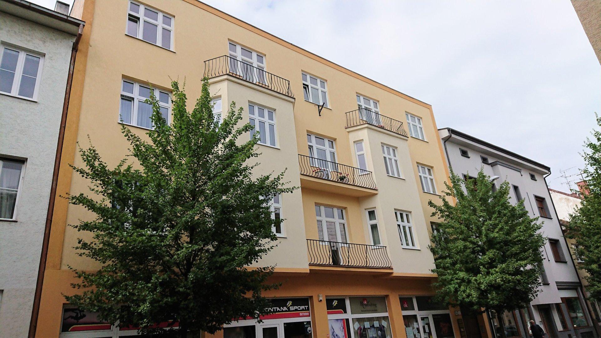 Štýlový veľkometrážny trojizbový byt v centre