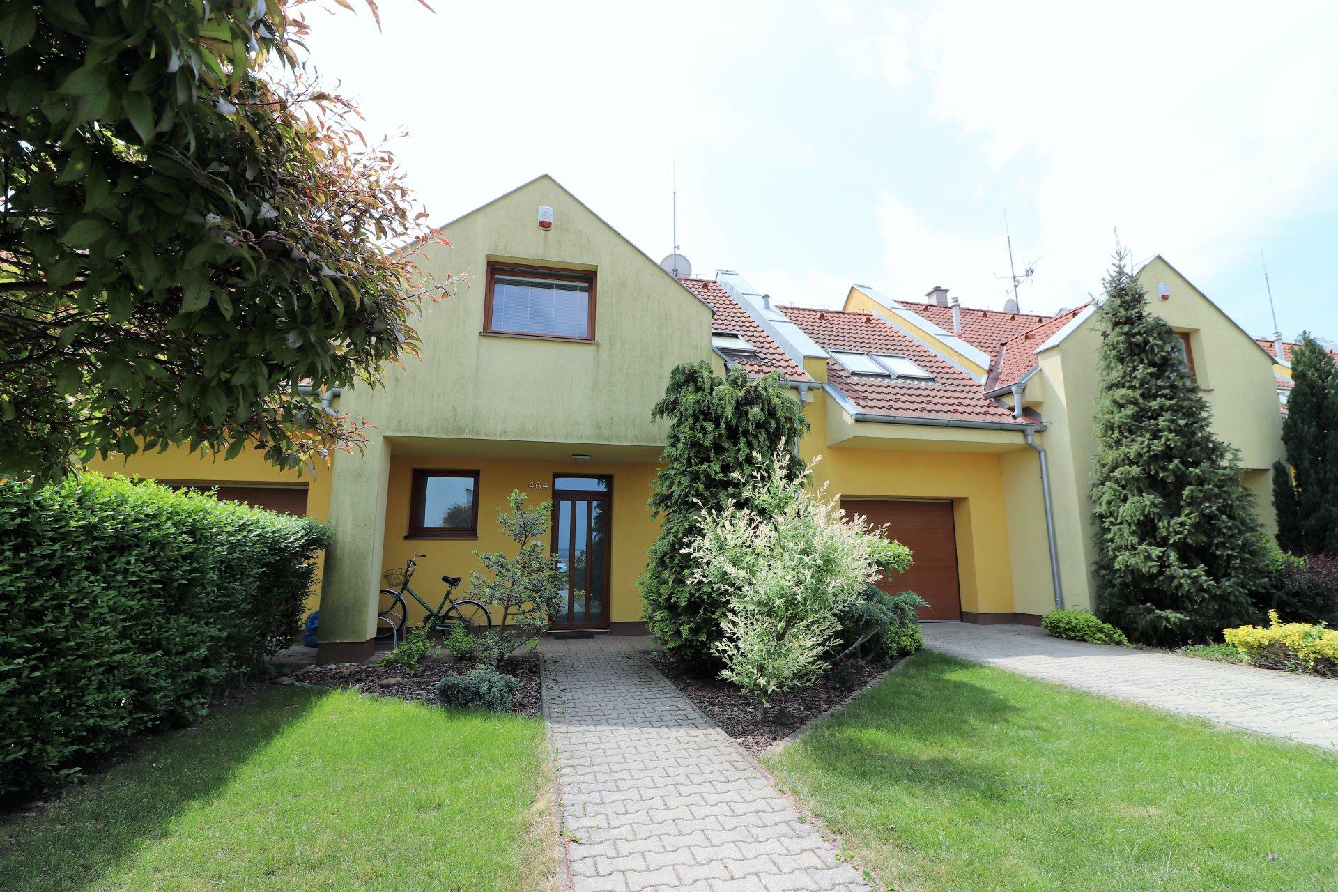 Výborne riešený rodinný dom neďaleko Piešťan