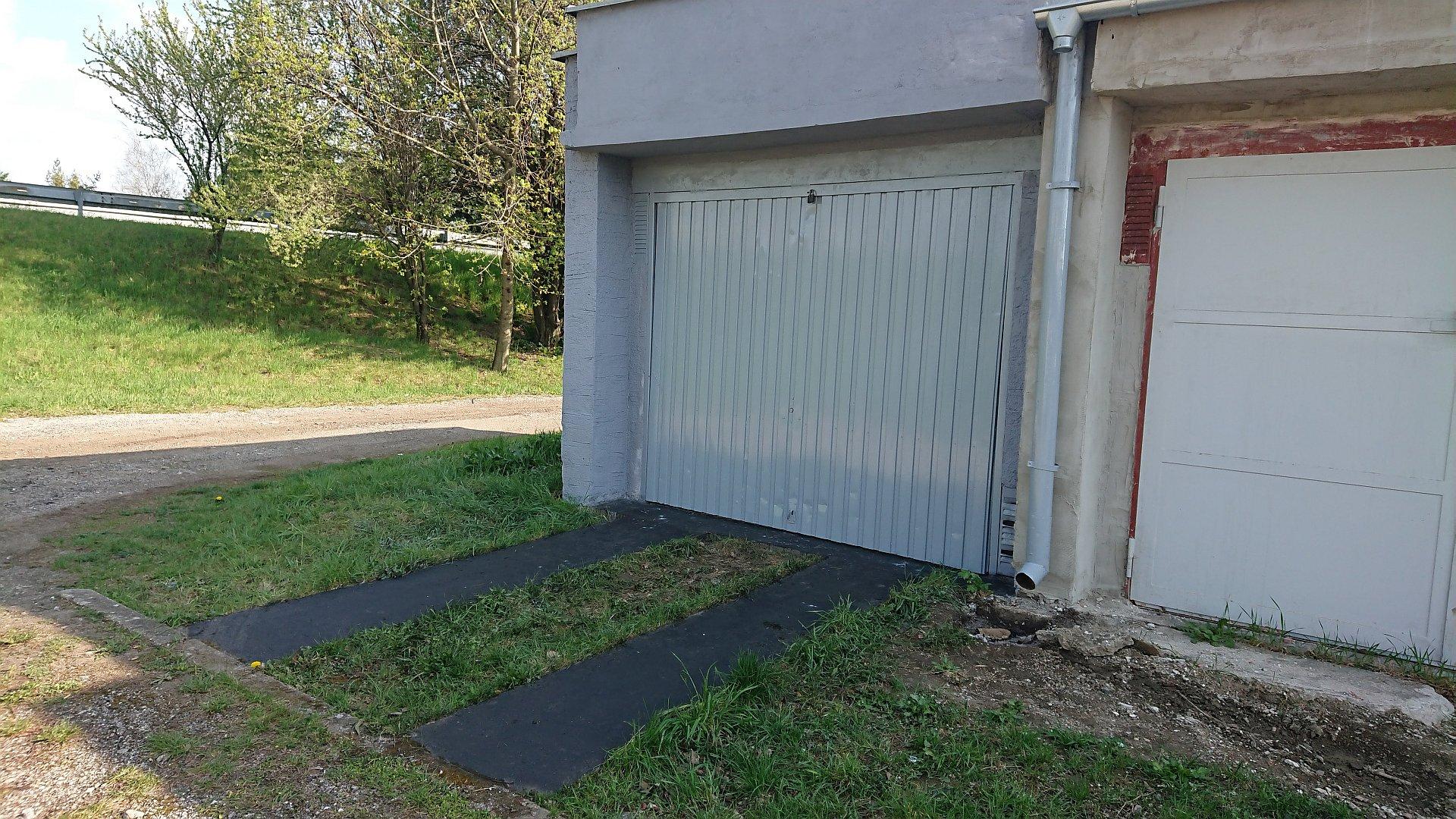 Zrekonštruovaná garáž
