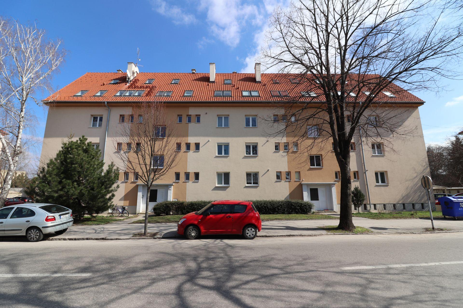 2-izbovy priestranný byt v centre pri mestskom parku