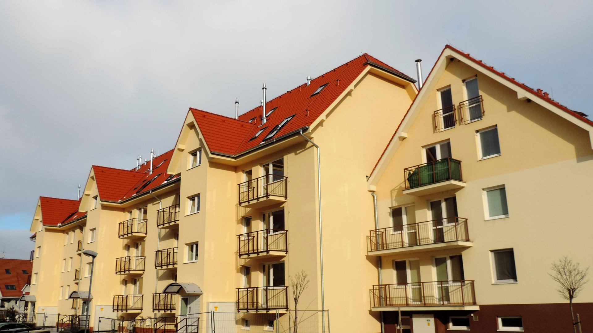 Jednoizbový byt s balkónom v severnej časti mesta