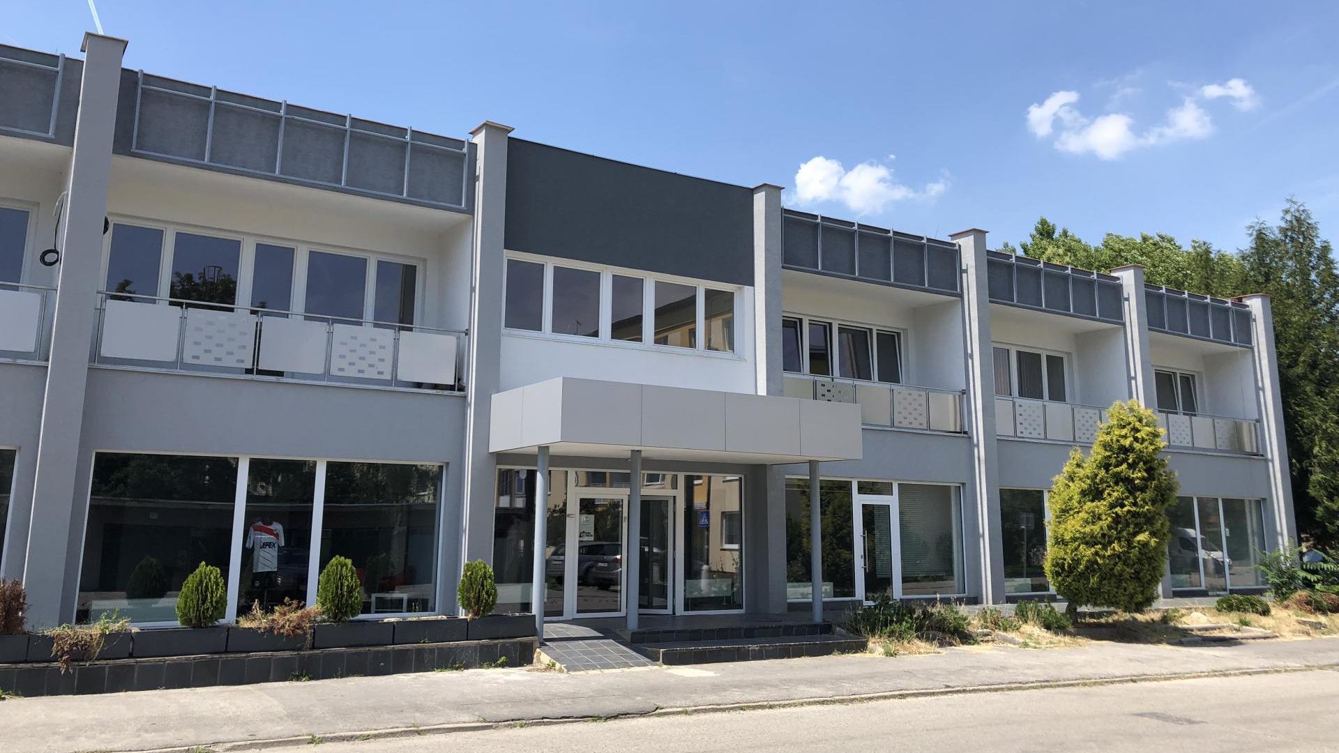 Kancelárie a obchodné priestory v TUZEX Business centrum