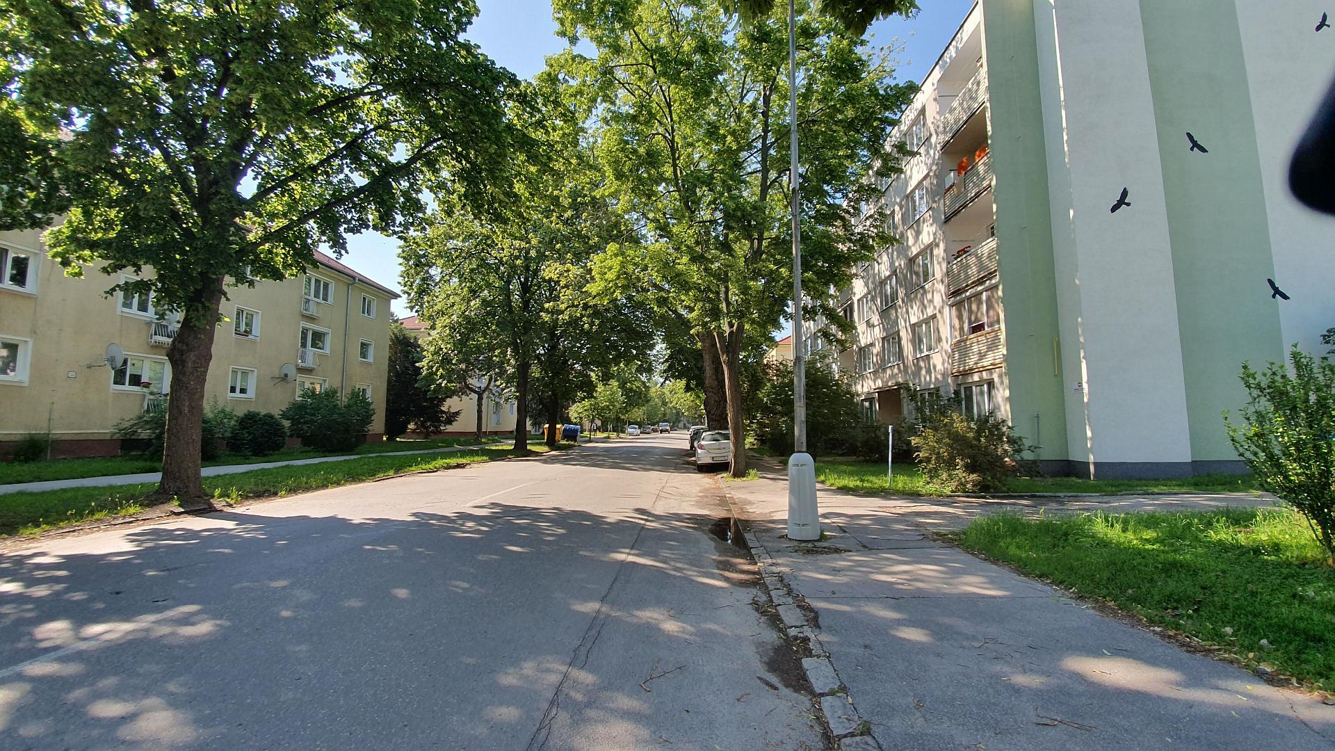 Kúpa a následný prenájom dvojizbového bytu len 200 m od mestského parku