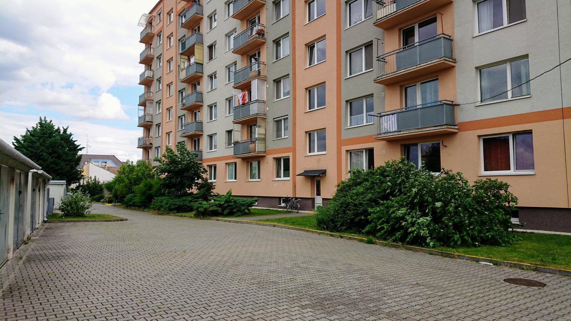 Kúpa trojizbového bytu Hurbanova ulica Piešťany